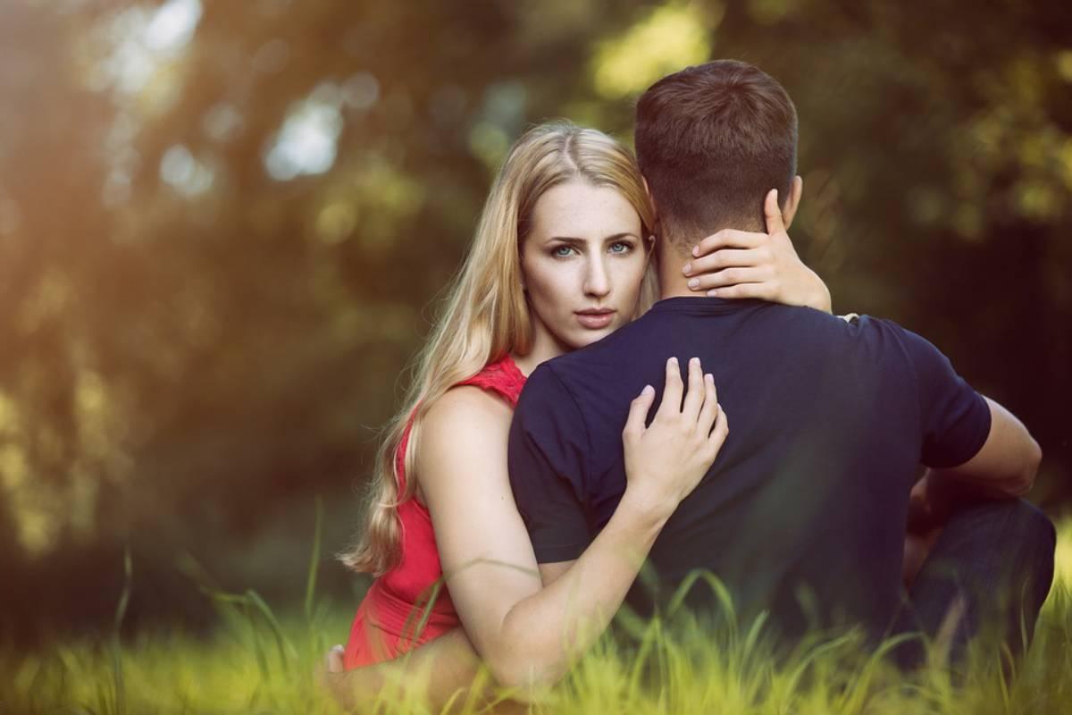 I segni zodiacali più insicuri in amore, di cosa hai paura quando sei innamorato?